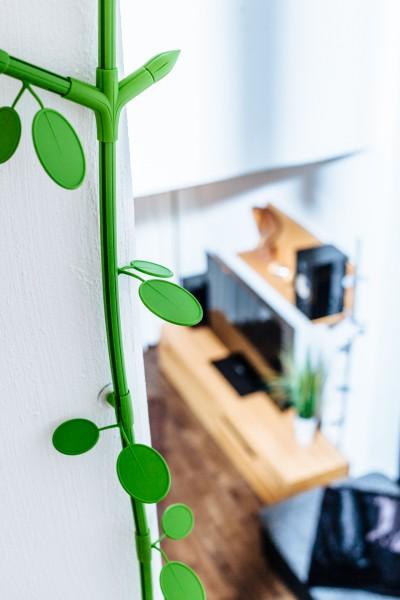 "Kabelranke ""Plants"" Erle, grün – 2 Meter Design-Kabelkanal"